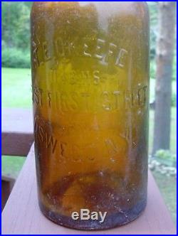 1 Qt 1880's Jos Schlitz Brewing Milwaukee Export Beer O'Keefe Oswego NY Bottle