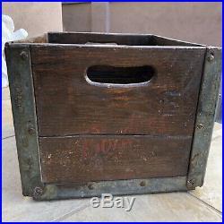 Antique BORDEN'S DAIRY WOOD BOX MILK BOTTLE CRATE EMBOSSED METAL NY 1940s