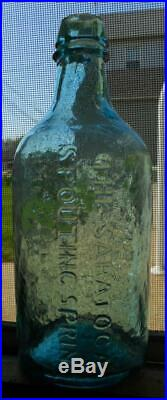 Blue Aqua Pint Geyser Spouting Saratoga State of NY Mineral Spring Water Bottle