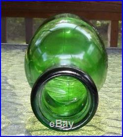 Carrigan's Niagara Dairy Co. Niagara Falls N. Y. Emb. Quart Emerald Green Milk