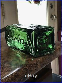 Dr Townsend's Sarsaparilla Albany N. Y. Light Green Transparent Pontil Mint