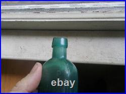 Early Hinge Mold Teal G. W. Merchant Lockport, Ny Applied Lip Medicine Bottle