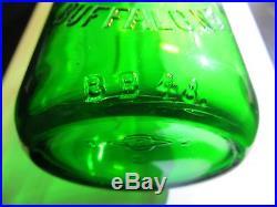Emerald Green Langs Creamery Buffalo, NY. TREQ Qrt. Milk Bottle, Rare & Mint