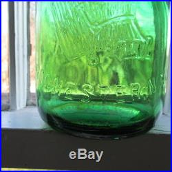 Rochester, N. Y. Brighton Place Dairy with Cow EMERALD GREEN Milk Bottle RARE