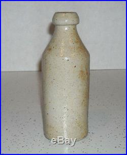 TROY ALBANY NEW YORK De FREEST Stoneware Advertising Root Beer Bottle