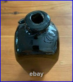VERY RARE NEW YORK CASE GIN BOTTLE WITH L. M & CO. SEAL With LABEL CRUDE TOP