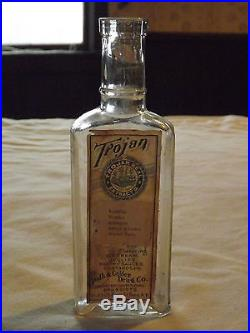 VINTAGE EARLY 1900S TROJAN SEAL EXTRACTS TROY NY MEDICINE BOTTLE with LABEL