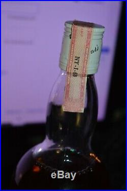 Vintage Dewars White Label Scotch Whisky Bottle. 1 LITRE NY-I-68